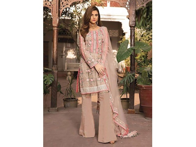 e26c15fe44 Buy Ethnic Wear Online for Women Mumbai - Buy Sell Used Products ...