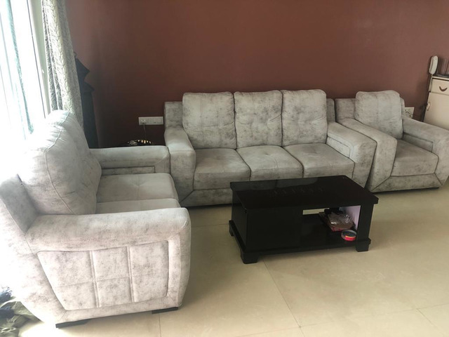 Enjoyable 6 Sitter Sofa Set With Center Table Evergreenethics Interior Chair Design Evergreenethicsorg