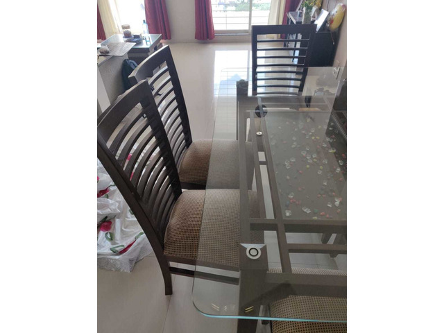 Glass Dining table set - 3/6