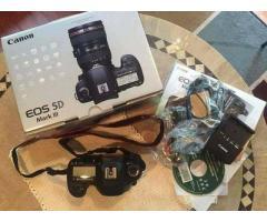 Canon 5D mark3  Whats App me +971522975565