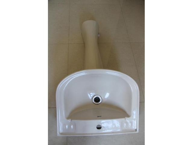 Bathroom Washbasin at Reduced Price !