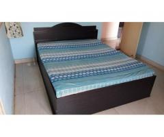 Queen Size Bed with Devan on Sale with Kurl On Original Mattress