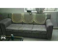 Excellent condition 3+1+1 Sofaset with 5 big cushions