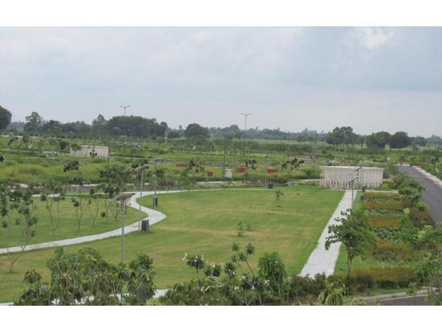 DLF Garden City - Plots in Gated Township