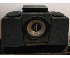 Alpine Amplifier + Daewoo sub woofer + 2 speakers