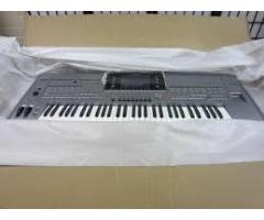 Yamaha Tyros 4/ 5 Keyboard synthesizer