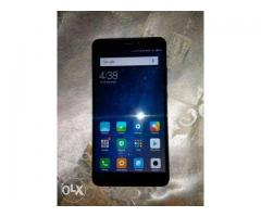 a new mi max2 for sell