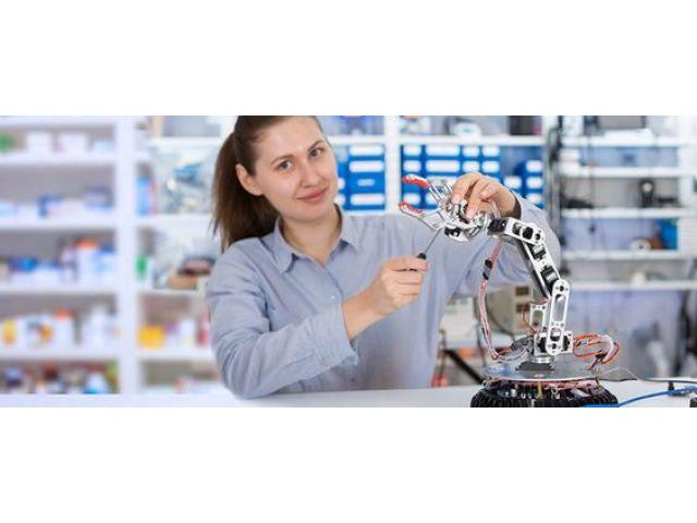 Engineering project ideas and kits for science students