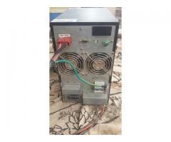 Big digital  Ups 4000-6000 watt in showroom condition
