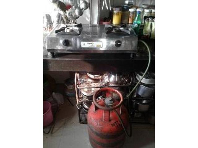 Gasstove with Cylinder