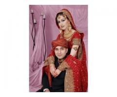 Beautiful NRI bride & groom wedding through online At  NRI Marriage Bureau