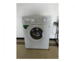 LG washing machine front load direct drive 5.5 kg as good as new for sale
