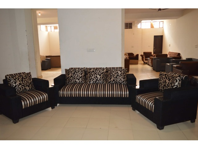 Luxury Sofa Set with Best Quality Fabric and 5 years Warranty - 1/1